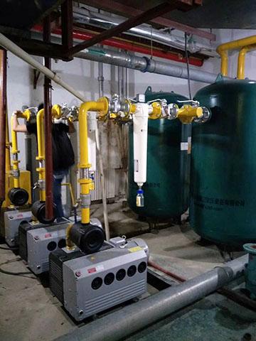 SR医用负压除菌过滤器在泵房里